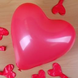 Herzballons zur Hochzeit